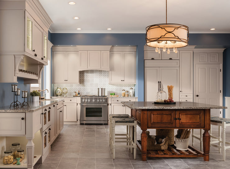 Farm House Kitchens by KraftMaid® Cabinetry