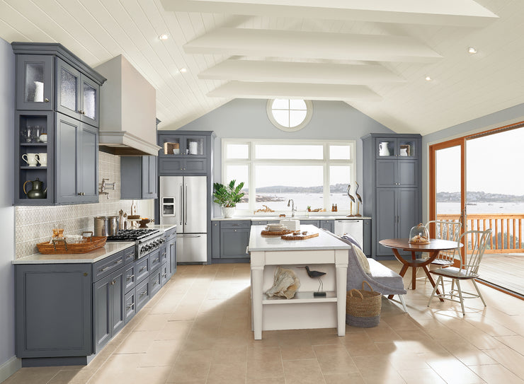 Vacation Home Kitchens by KraftMaid® Cabinetry