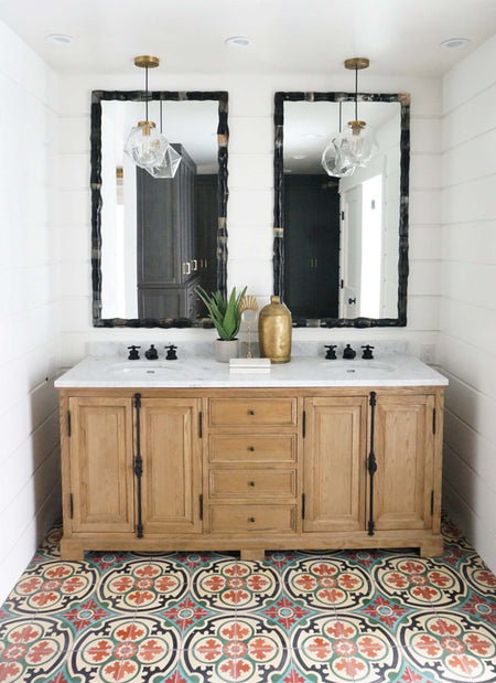 Shiplap - Spanish Bathroom