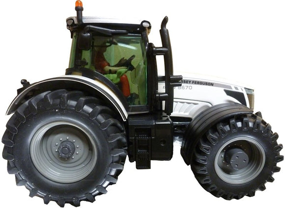 Limited Edition Massey Ferguson 8670 - Siku - X993090060100 | Massey Parts | Martin's Garage