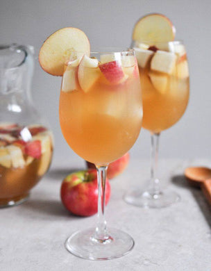 Apple Cider Sangria for Thanksgiving