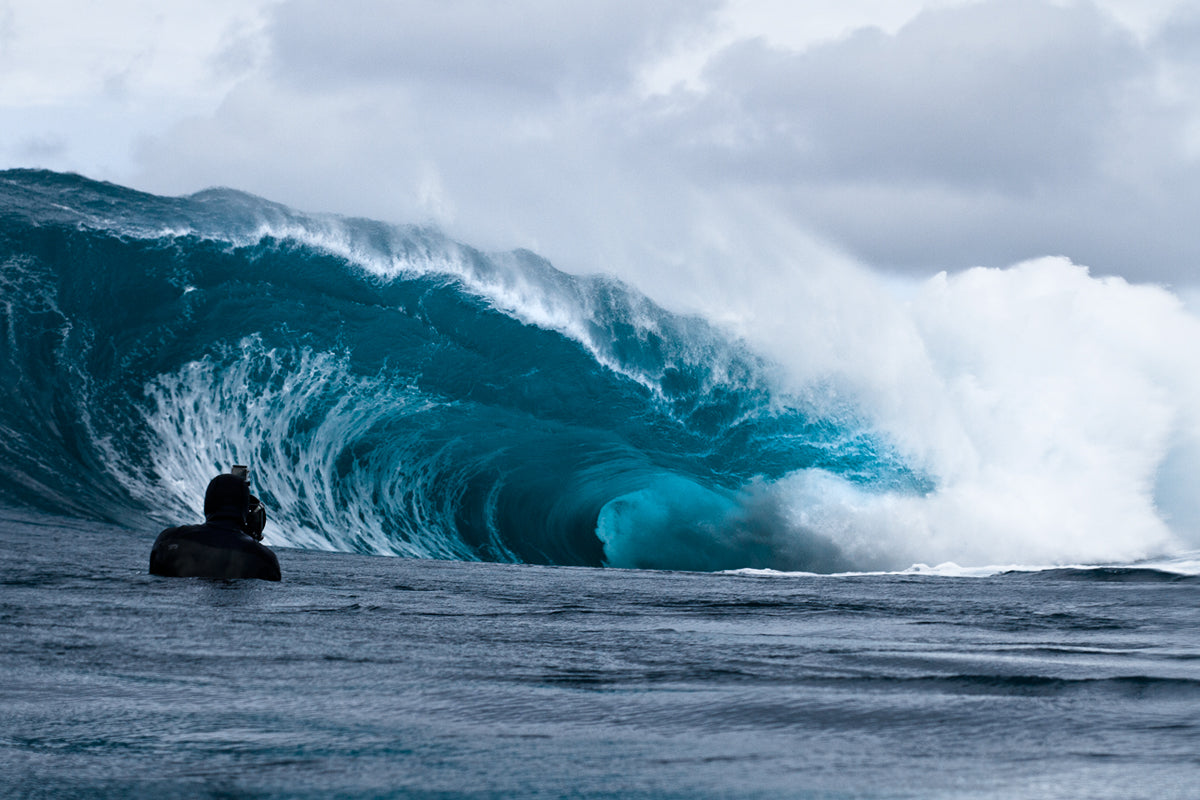 Philip Thurston photographing waves for his ocean art passion