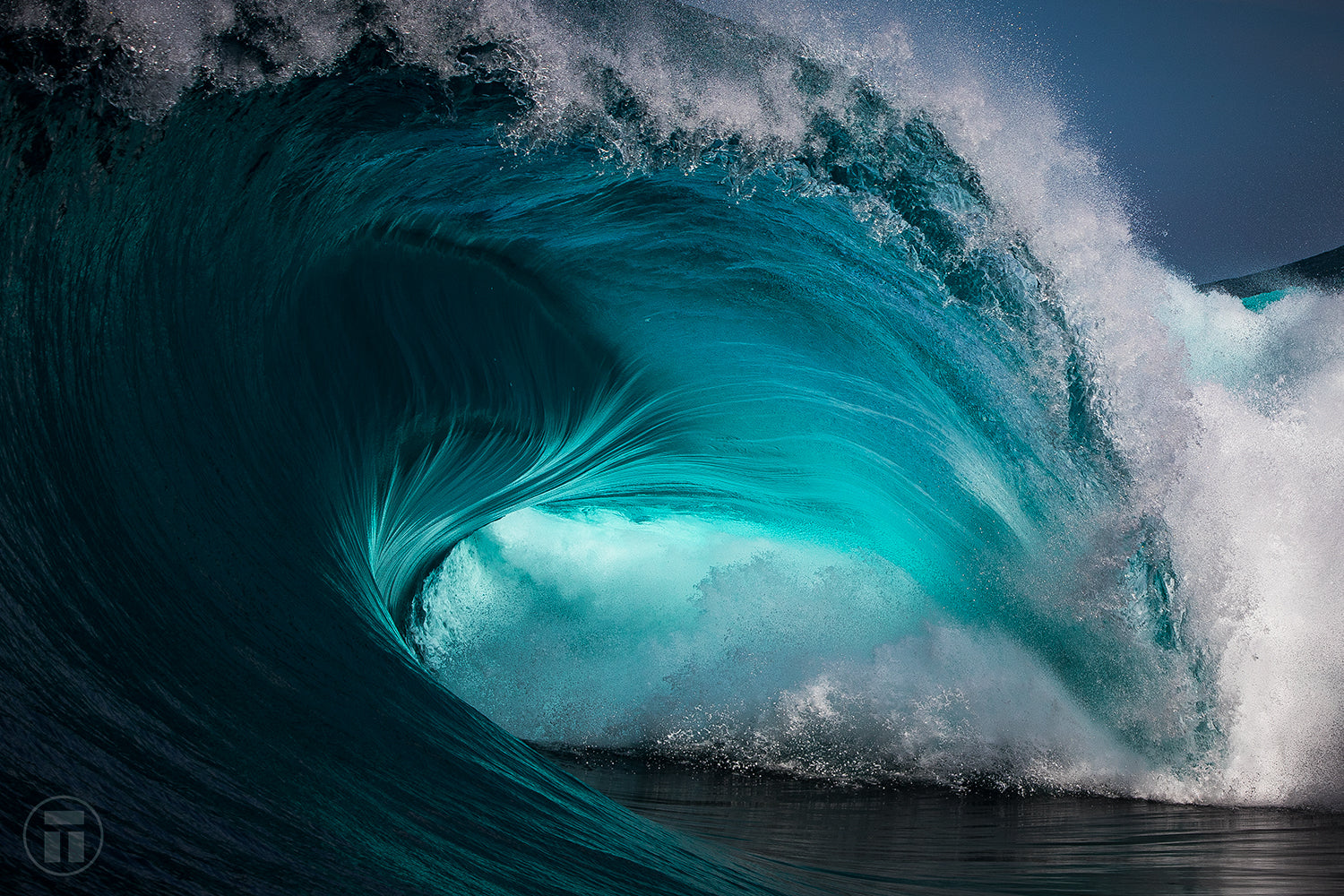 Heavy wave shot with the Canon Australia 70-200mm f/2.8 by Thurston Photo