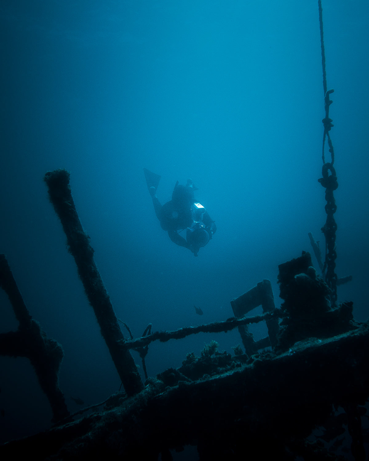 Thurston Photo Diving the HMAS ship wreck with Aquatech and One Ocean International