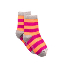 Load image into Gallery viewer, Polly & Andy Bamboo Pink & Purple (Seamless toe) Super Soft Socks
