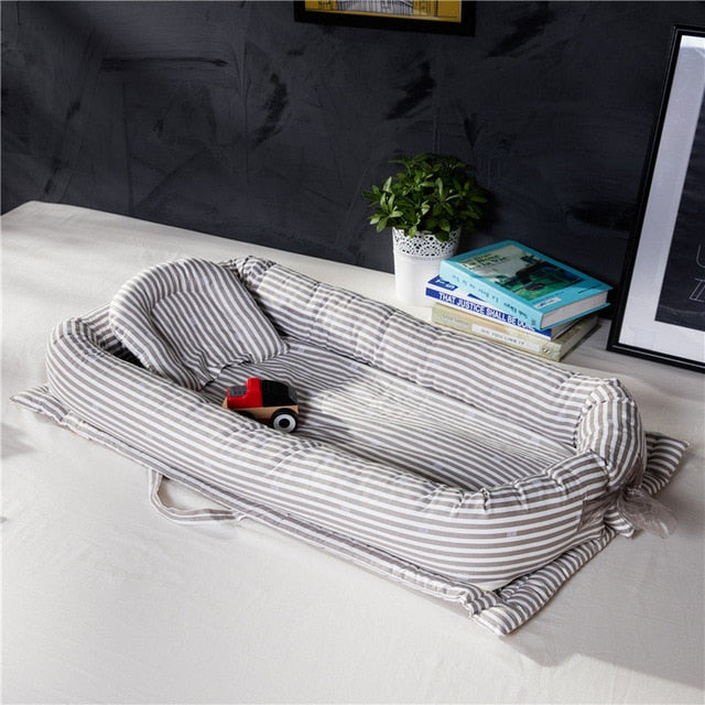 INFANT PORTABLE AND WASHABLE BABY CRIB BED - Mommies Care.