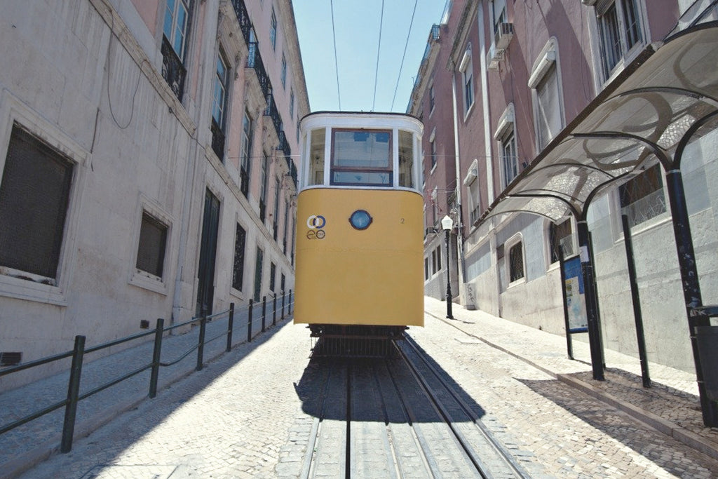mahabis // sunday guide to lisbon