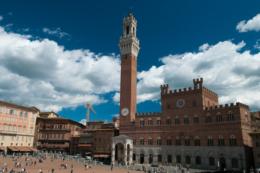 piazza del campo // mahabis journal