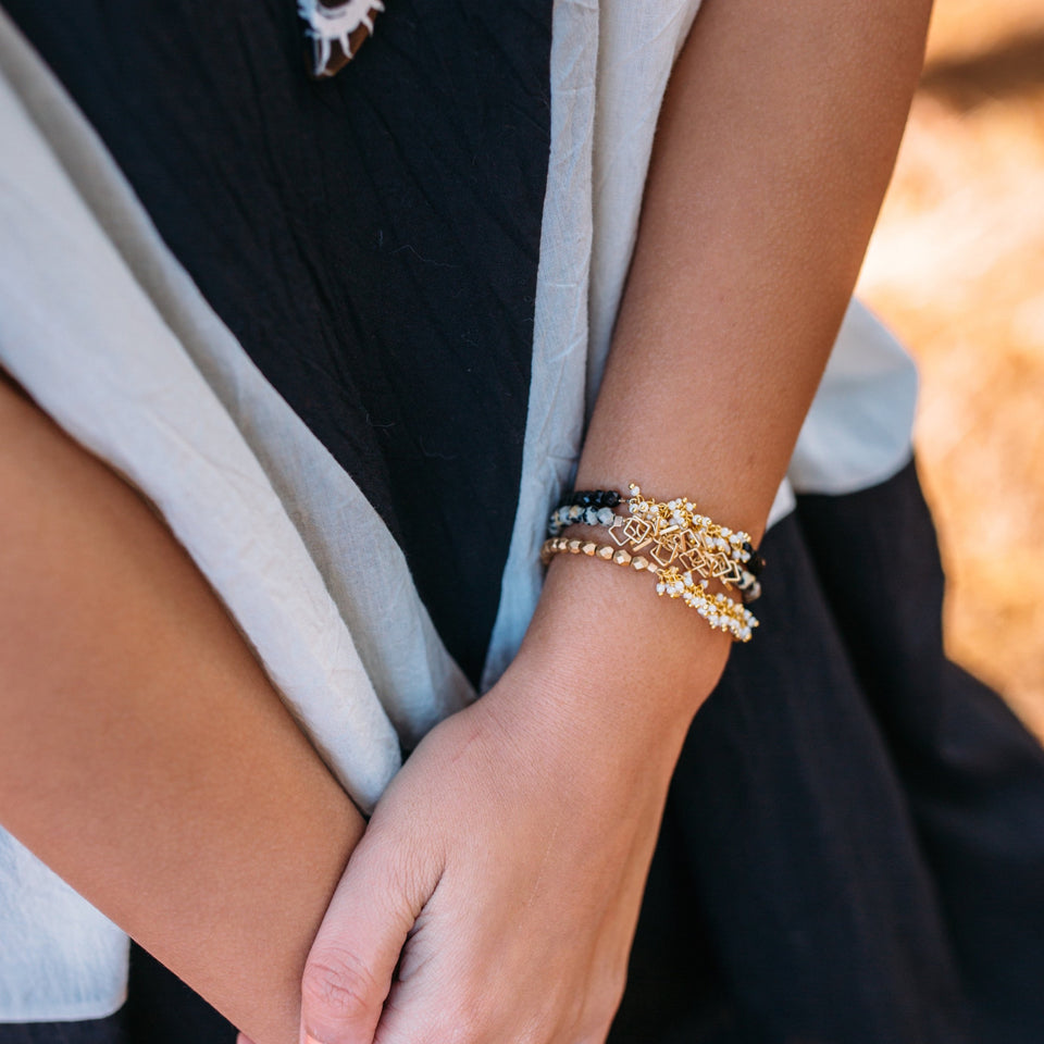 Soiree Gold Middle Bracelet