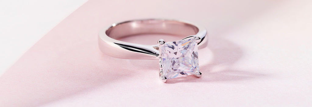 Solitaire Diamond Engagement Rings