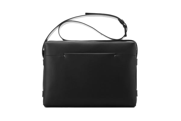 TROUBADOUR black messenger bag in leather | MICHEL BRISSON