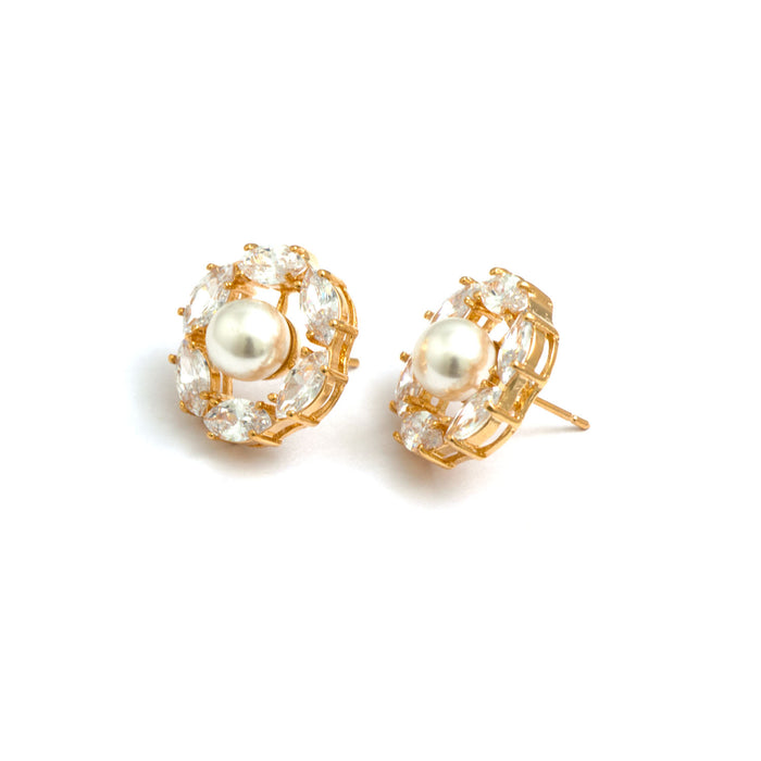 Ball in a circle Stud Earrings