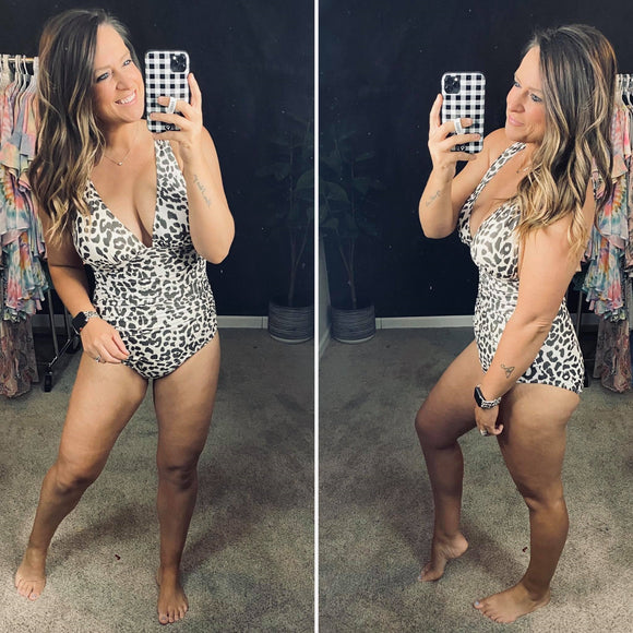 LEOPARD DEEP PLUNGING RUCHED SIDE ONE PIECE SWIMSUIT