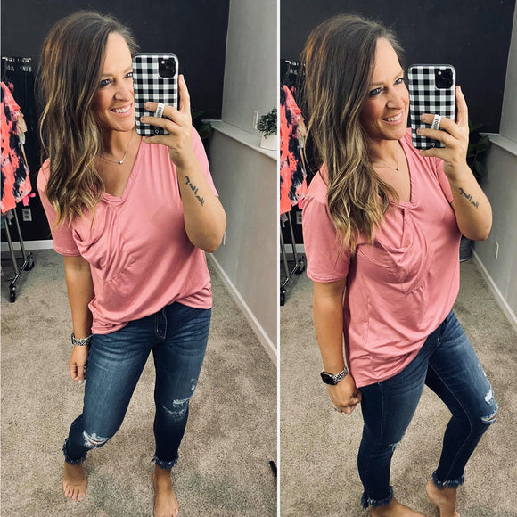 The Perfect Slouchy Pocket Tee - MAUVE