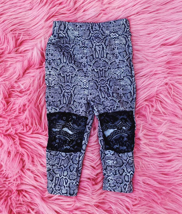 KIDS Snake Lace Cutout Leggings