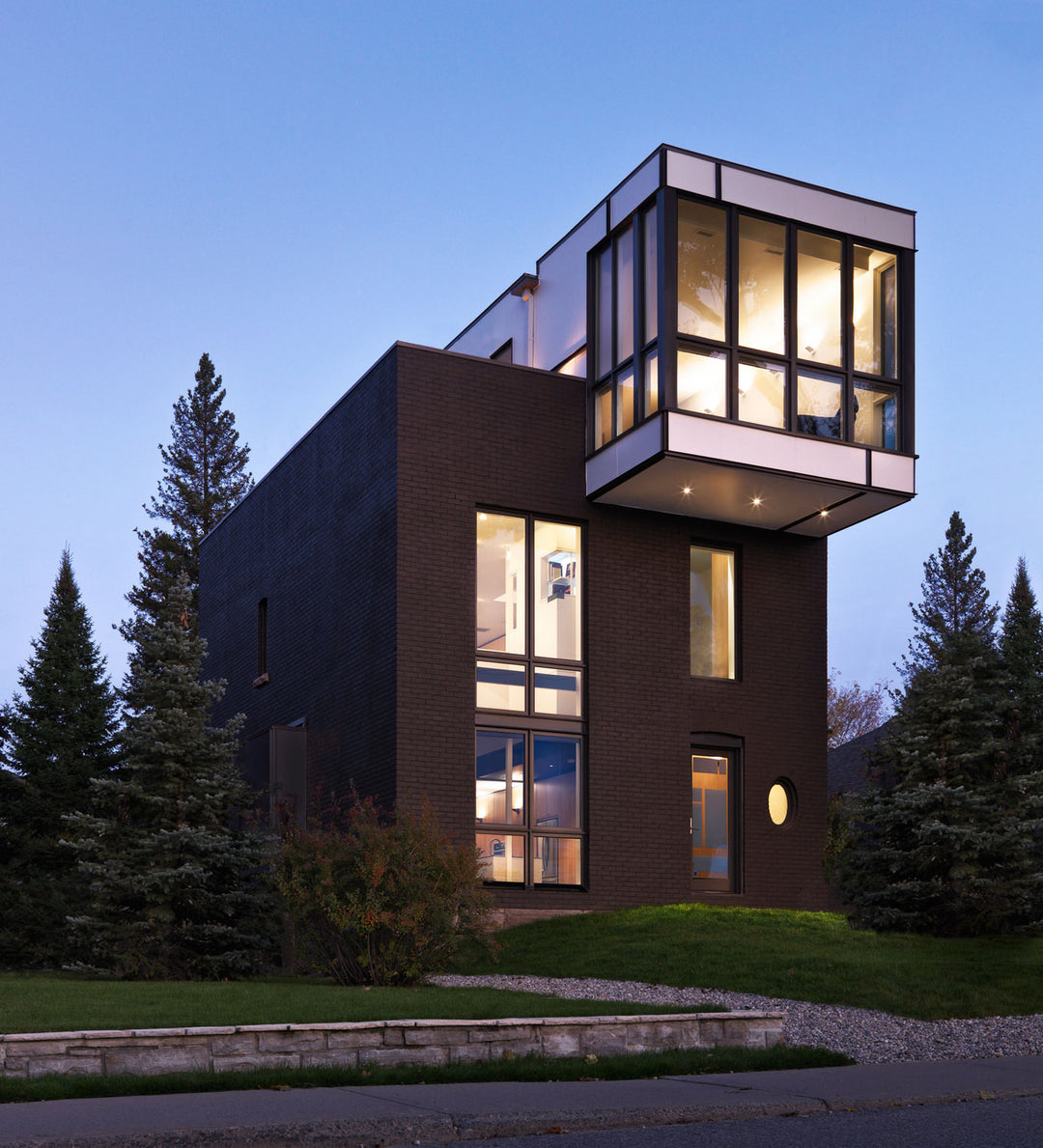 A Cubic House in Ottawa