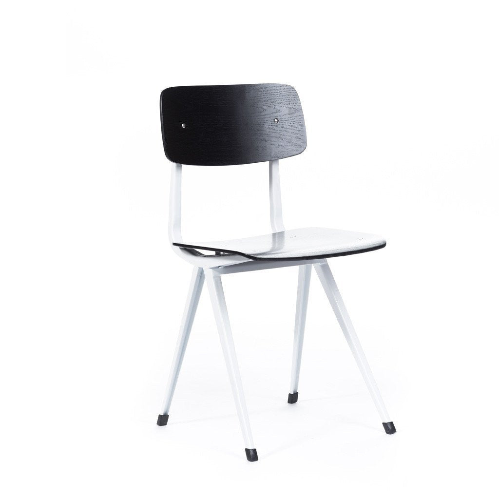 Result Chair Black/White