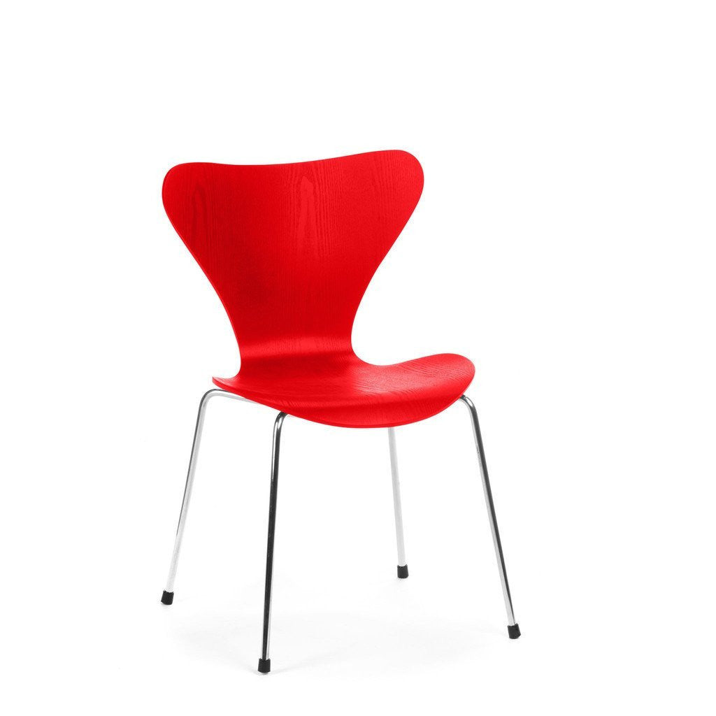 Jacobsen Series 7 Chair in red