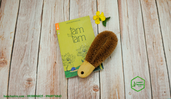 Coconut Foot Brush - bamboo straws