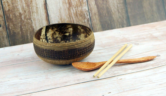 Natural Coconut Shell Bowl 22 - bamboo straws