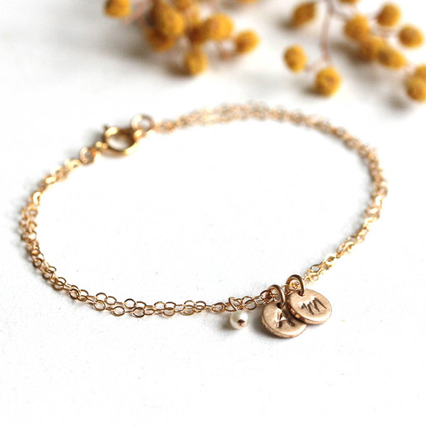 Initial Armband goldfilled mit Perle