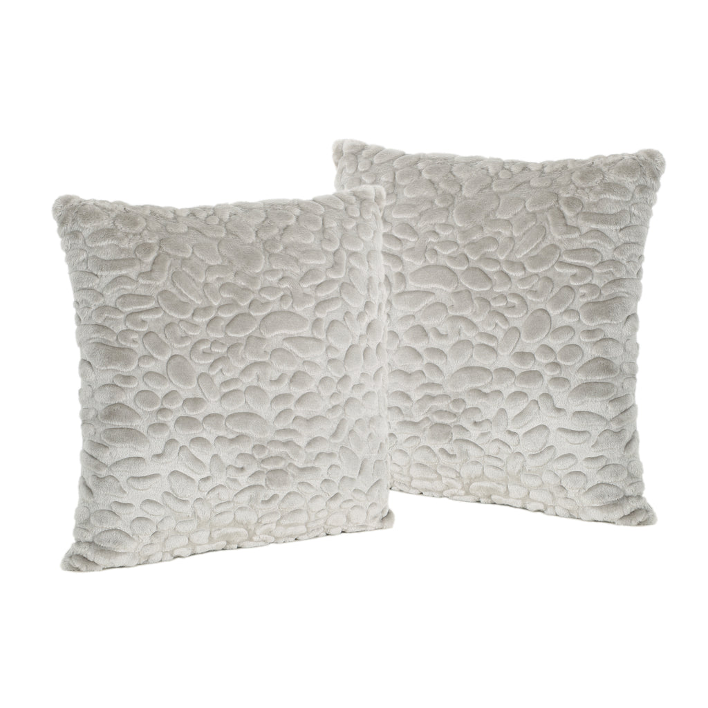 Laraine Furry Glam Grey Pebble Pattern Faux Fur Throw Pillows (Set of 2)