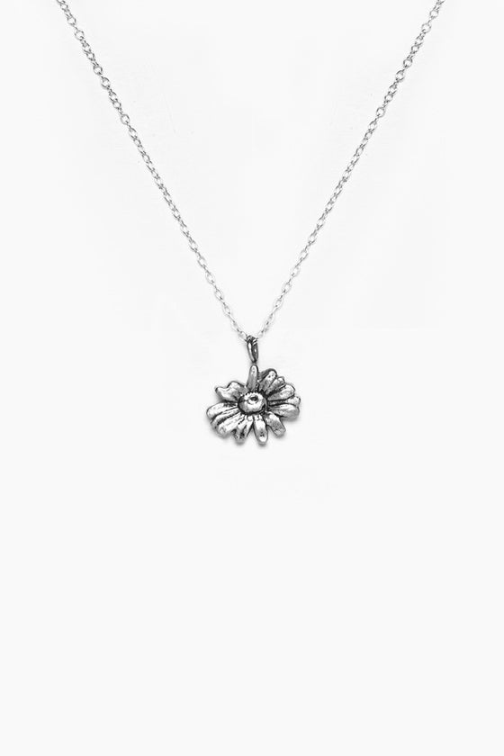 Daisy Sterling Necklace