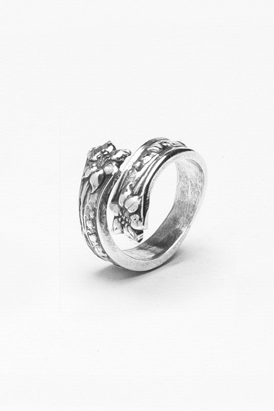 Lila Spoon Ring