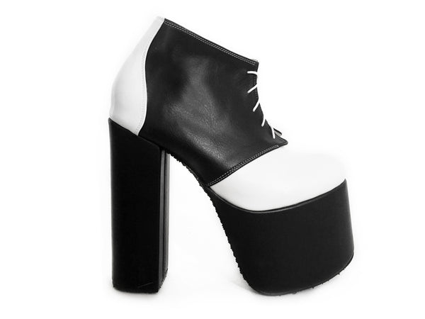 GINGER B+W [size 7, 7.5] (last ones)