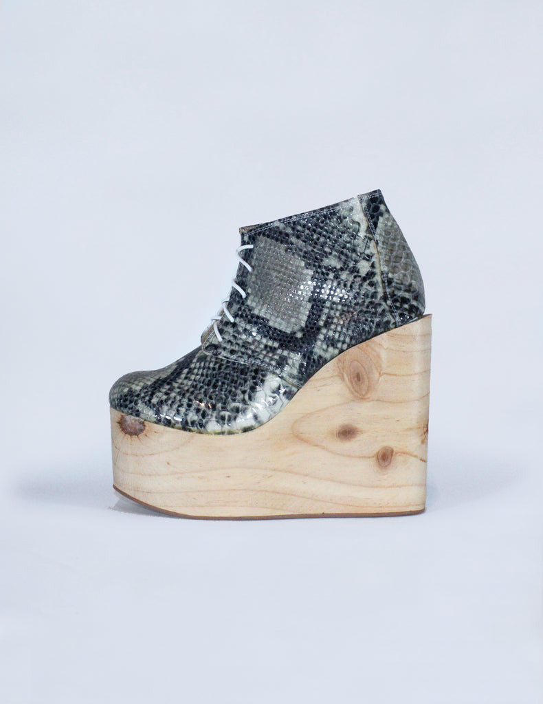 OLGA GREY SNAKE/ WOOD [size 6, 7, 7.5] (last ones)