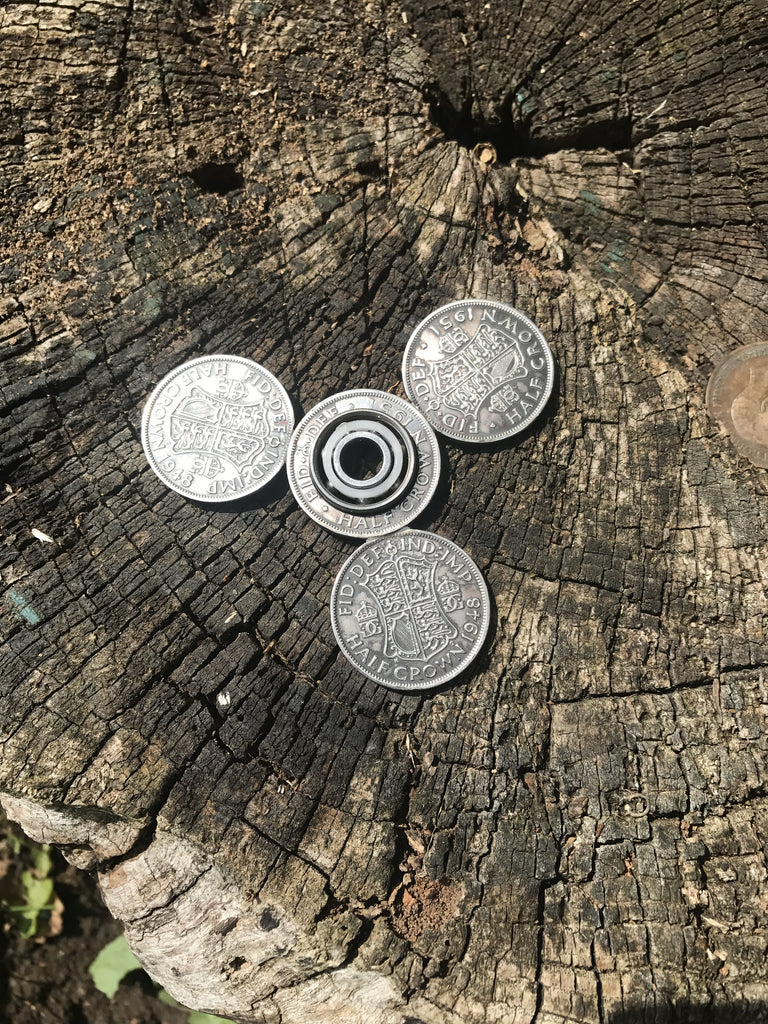 fidget spinner Half crown (large)