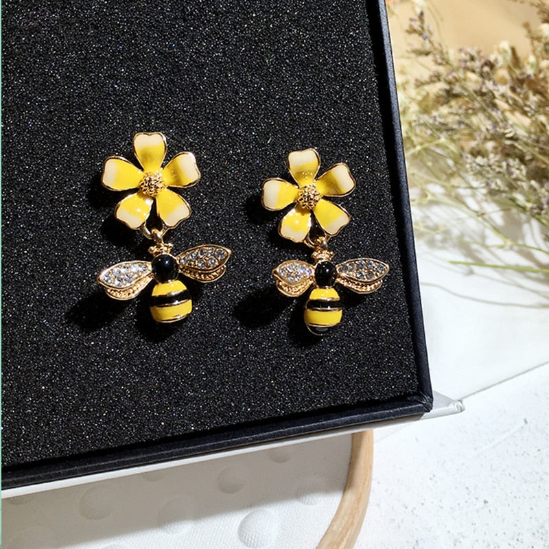 Flower x Bee Wings Earrings