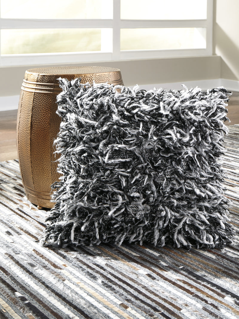 CORNERSTONE HOME INTERIORS - ACCENT - GELSEY TOSS PILLOW