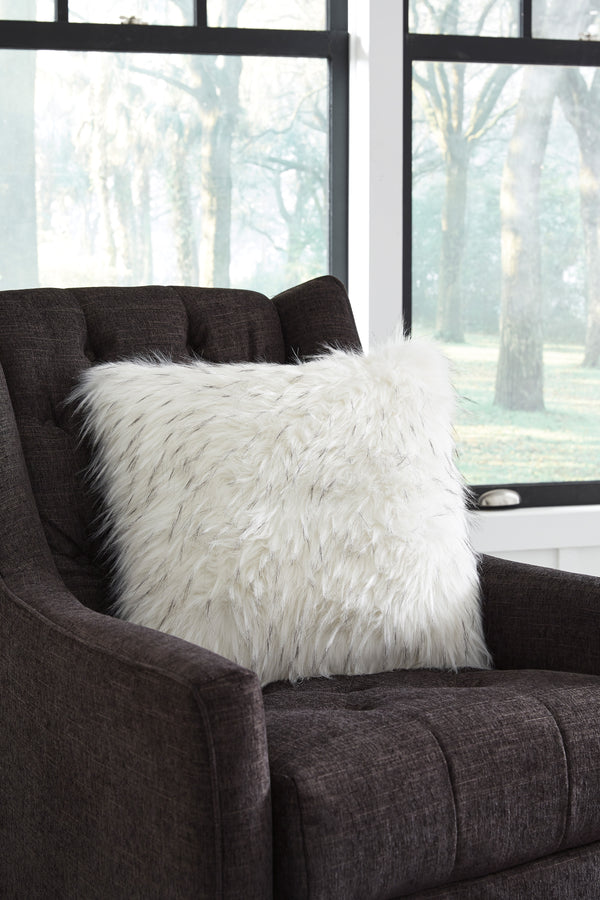 CORNERSTONE HOME INTERIORS - ACCENT - CALISA PILLOW