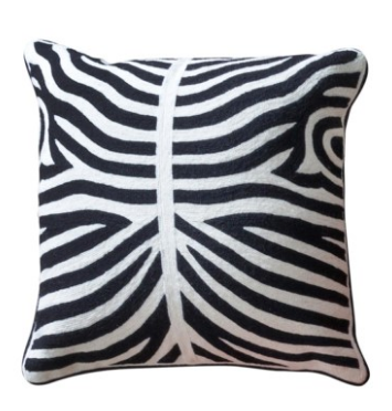 ELLIOTT PILLOW IN BLACK