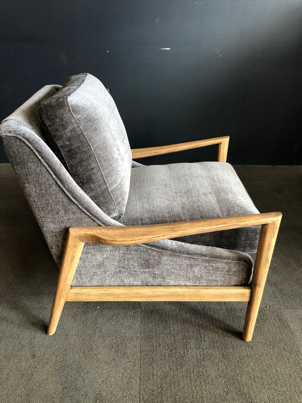 SULLIVAN ARM CHAIR