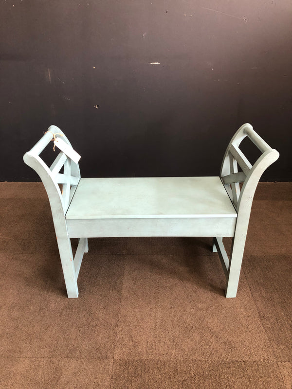 BLUE HERON RIDGE STORAGE BENCH