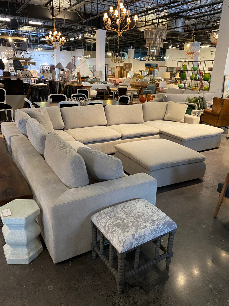 KENNETH SECTIONAL