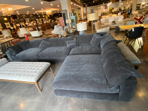 ATTICUS 4 PIECE SECTIONAL W/CHAISE