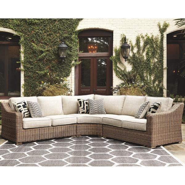 BEACHCROFT 3-PIECE OUTDOOR SECTIONAL