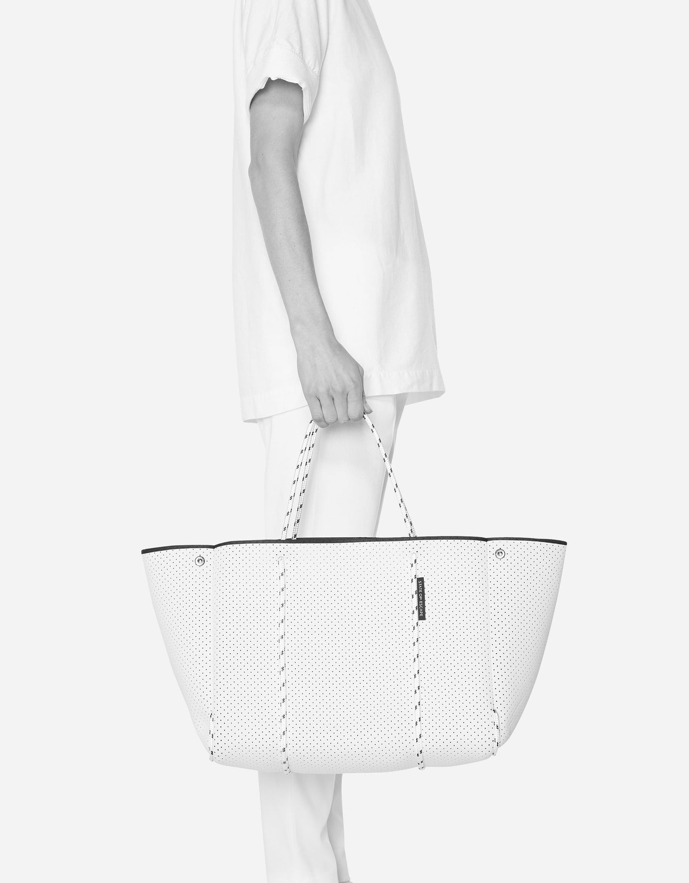 Escape™ tote in mint