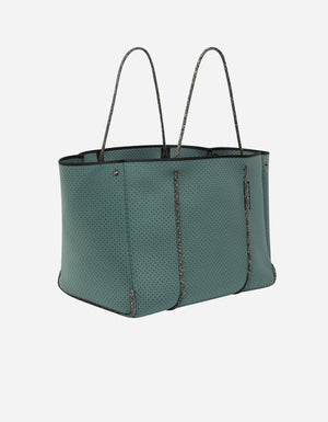 Escape™ tote in deep viridian