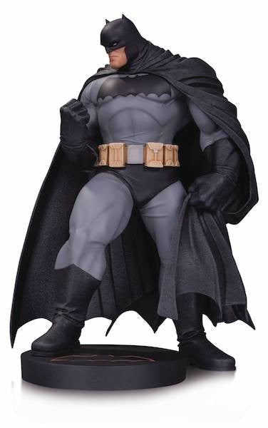 Batman by Andy Kubert Mini Statue by DC Collectibles -DC Collectibles - India - www.superherotoystore.com