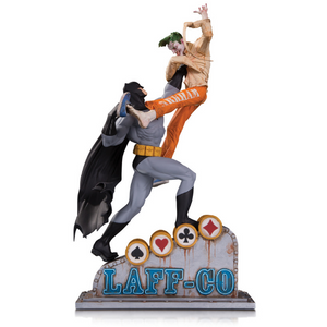 Batman Vs Joker Laff Co Battle Statue by DC Collectibles