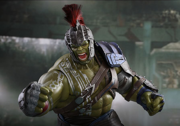 Thor Ragnarok: Gladiator Hulk Sixth Scale Figure by Hot Toys