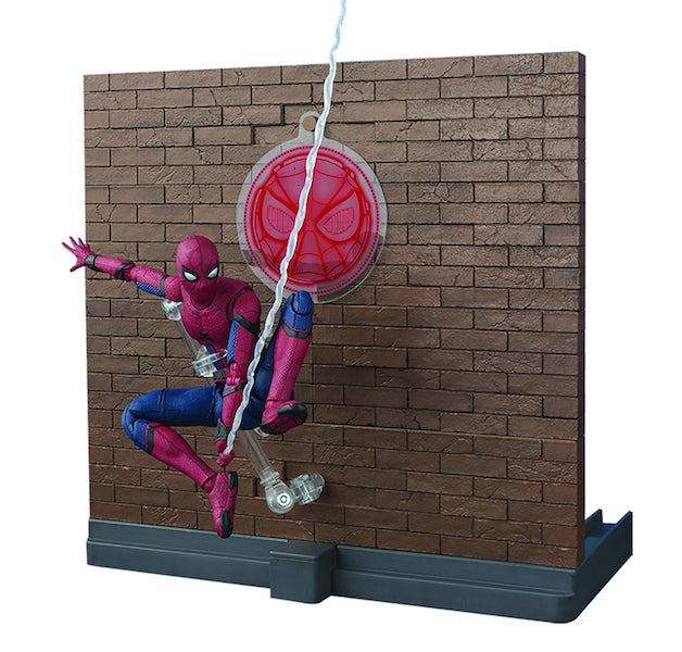 Spiderman Homecoming: Spiderman Figure with Tamashii Option Act Wall Set by SH Figuarts