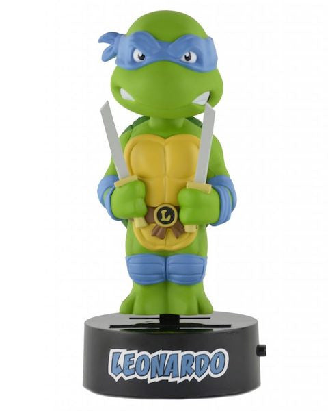 Teenage Mutant Ninja Turtles: Leonardo Solar Powered Body Knocker by Neca