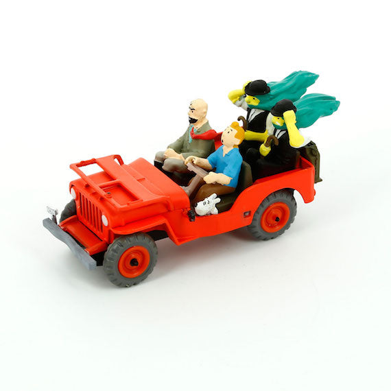 Adventures of Tintin - Thomson and Thomson Car Scene by Moulinsart