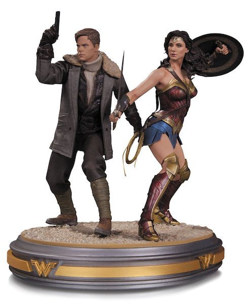 Wonder Woman Movie: Wonder Woman and Steve Trevor 1/6th Scale Statue by DC Collectibles
