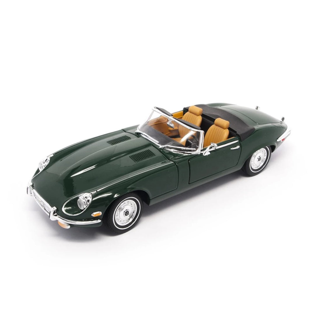 1971 Jaguar E-Type 1:18 Scale Die Cast Car by Lucky Die Cast